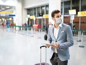 Medidas anti-COVID nos aeroportos: muda a experiência de voar pós-pandemia